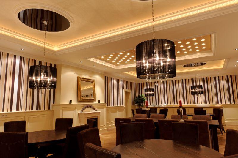 Bilder plameco spanndecken frankfurt rhein main for Plafond sierlijst